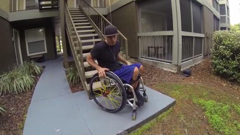 Rozcvička s vozíkom po schodoch